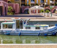 Houseboat Penichette 935 for charter in Corbigny