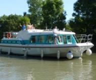 Vetus 1200 - Houseboat Rentals Lagarde (France)