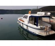 Motoryacht Adria 1002 Vektor chartern in Hafen von Trget