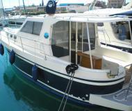 Motor boat Adria 1002 Vektor for rent in Sukosan Bibinje