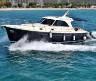 Motorboot Adriana 44 Yachtcharter in Marina Dalmacija