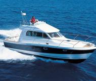 Motorboot Antares 10.80 Yachtcharter in Marina Zadar