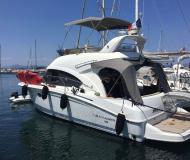 Motoryacht Antares 36 Yachtcharter in Trget