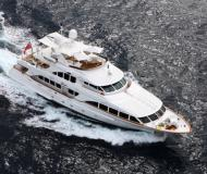 Motor boat Benetti Classic 120 for rent in Antibes Harbor