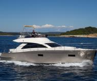 Motor yacht Cyrus 13.8 for hire in ACI marina Pula