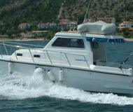 Yacht Damor 800 for hire in Murter