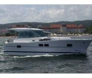 Motor yacht Delphia 1050 for rent in Primosten