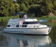 Yacht Europa 700 chartern in Fürstenberg