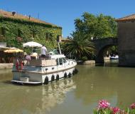 Motor boat Grand Sturdy 30.9 AC for rent in Marina Vermenton