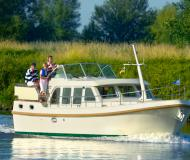 Motorboot Grand Sturdy 33.9 AC Yachtcharter in Tonnerre