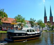 Motor boat Grand Sturdy 380 AC for hire in Luebeck