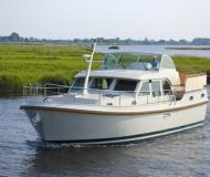 Motor yacht Grand Sturdy 40.9 AC available for charter in De Spaenjerd Marina