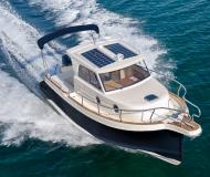 Motor yacht Leidi 660 for charter in Pula