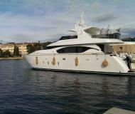 Motor boat Maiora 23S available for charter in Kastela
