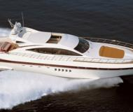 Motor yacht Mangusta 92 for hire in Porto Santo Stefano