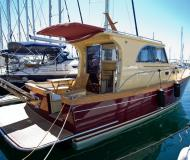 Motor yacht Marco Polo 12 for rent in Sibenik