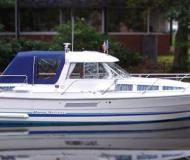 Motorboat Marex 280 for charter in Waren