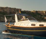 Menorquin 120 Motoryacht Charter Mahon