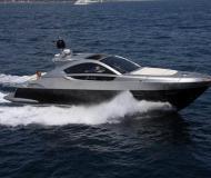 Motorboot Pearlsea 56 Coupe Yachtcharter in Baska Voda