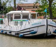 Houseboat Penichette 1400 available for charter in Montesquieu Lauragais