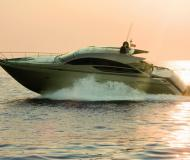 Motor boat Pershing 64 for rent in Marina Ibiza