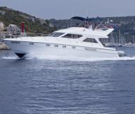 Motorboot Princess 480 Yachtcharter in Primosten