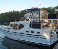 Houseboat Skiron 35 available for charter in Berlin