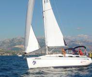 Yachtcharter Kroatien Bavaria 30 Marina Pirovac