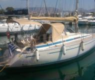 Sailing yacht Bavaria 30 Cruiser for rent in Tourlos Marina