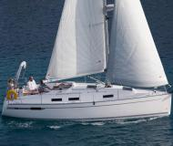 Yacht Bavaria 32 Cruiser available for charter in Saltsjoe Duvnaes