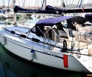 Sailing boat Bavaria 33 Cruiser available for charter in Marina Izola