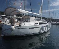 Yacht Bavaria 33 Cruiser Yachtcharter in Marina Punat