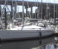 Sailing yacht Bavaria 36 for hire in Granville Island Boatyard