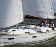 Sailing yacht Bavaria 36 Cruiser for hire in Marina Jachtwerf Maronier