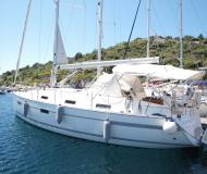 Segelyacht Bavaria 36 Cruiser Yachtcharter in Marina Kremik