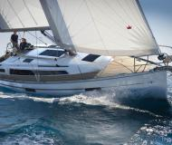Sailing yacht Bavaria 37 Cruiser for rent in Propriano Marina