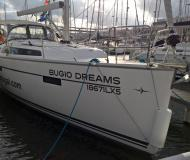 Sail boat Bavaria 37 Cruiser available for charter in Alcantara Marina