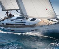 Sailing boat Bavaria 37 Cruiser for hire in Gothenburg