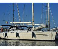 Sailing yacht Bavaria 38 for rent in Marina di Portisco