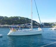 Yacht Bavaria 38 - Sailboat Charter Mahon