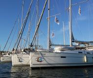 Sailing boat Bavaria 50 Cruiser available for charter in Marina Joyeria Relojeria