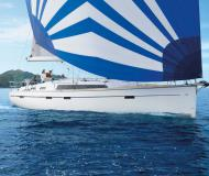 Yacht Bavaria 51 Cruiser for rent in La Cala