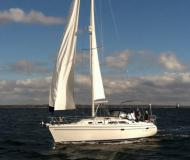 Sail boat Catalina 350 available for charter in Brewer Cove Haven Marina