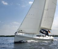 Sail boat Dehler 29 available for charter in Marina Monnickendam