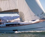 Sailing yacht Dufour 310 Grand Large available for charter in La Trinite sur Mer