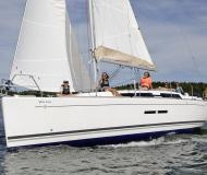 Sailing yacht Dufour 375 Grand Large available for charter in Taalintehdas