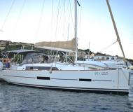 Segelboot Dufour 382 Grand Large Yachtcharter in Marina di Portisco
