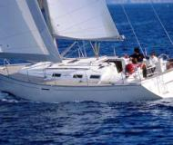 Yacht Dufour 385 for rent in Parikia