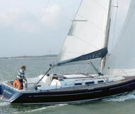 Sailing yacht Dufour 40 for charter in La Trinite sur Mer