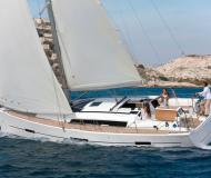Yacht Dufour 410 Grand Large for rent in Birgu